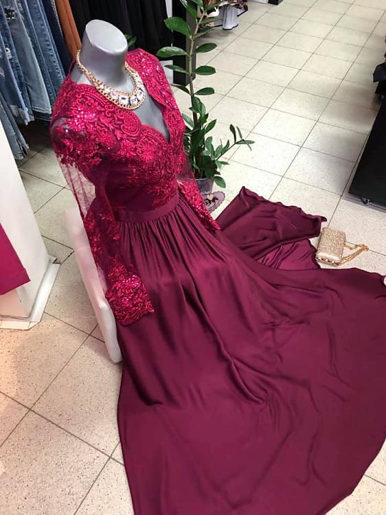 faa090120050 Luxusné a neprehliadnuteľné šaty Maxi Luna v burgundskej farbe ...
